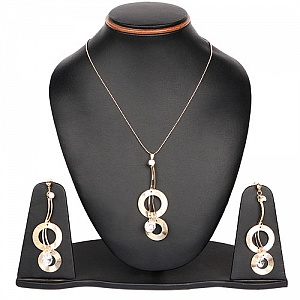18.00 Inches Long White Stone Gold Plated Pendant Set